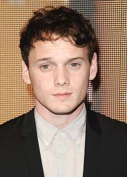 photo Yelchin